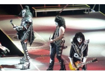 Kiss tickets